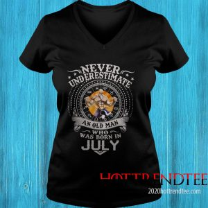 Never Underestimate An Old Man Who Was Born In February – Master Roshi Women's T-Shirt