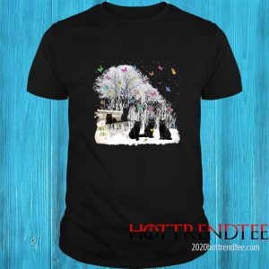 Cute Cat Playing In The Snow-Gift For Cat Lover Christmas Shirt